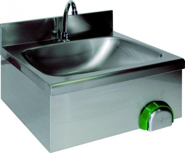 Handwaschbecken mit einem eckigen Becken und einer rückseitig Aufkantung, mit Knie-oder Handbetätigu
